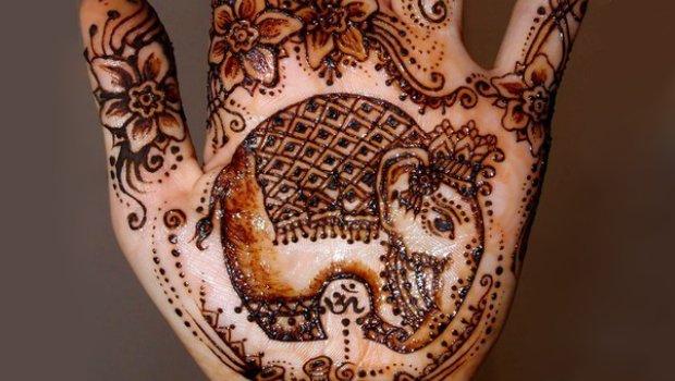 tatuaż słoń henna mehndi